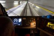 Der Führerstand einer Lok bei einer Testfahrt. (Bild: Keystone / Gaetan Bally)
