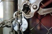 Das Einbruchswerkzeug verrät die rumänischen Touristen. (Bild: Archiv / Neue LZ)