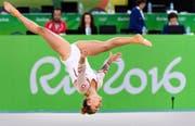 Starke Leistung von Giulia Steingruber in der Bodenübung. (Bild: Keystone/Laurent Gilliéron)