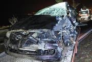 Das total zerstörte Unfallauto. (Bild Luzerner Polizei)