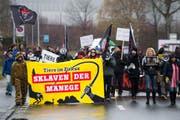 Aktivisten der Tierrechts- und Tierbefreiungsbewegung fordern Zirkusse ohne Tiere. (Bild: Keystone)