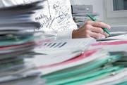 Papierstapel adé: Neu können Baugesuche via elektronischem Formular abgewickelt werden.