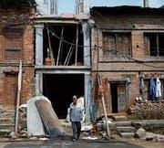 Ein sich im Aufbau befindendes Haus im Erdbebengebiet. (Bild: Navesh Chitrakar/Reuters (Bhaktapur, 21. April 2017))
