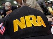 Die National Rifle Association (NRA) ist weiterhin gegen jede Verschärfung der US-Waffengesetze. (Bild: Keystone/AP/SETH PERLMAN)