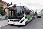Am Montag war der Hybridbus auf der Strecke der Linie 7 unterwegs. (Bild: Werner Schelbert (Hünenberg, 10. Juli 2017))