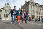 Der 1. Schultag nach den Sommerferien 2015. Hier bei den Erstklässlern im Schulhaus Maihof in Luzern. (Bild: Dominik Wunderli / Neue LZ)