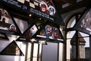 Die Kopien der Kapellbrücken-Bilder anlässlich einer Ausstellung im November 2008 in der Kornschütte in Luzern. (Archivbild Nadia Schärli/Neue LZ)