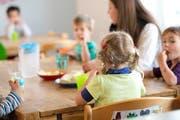 Wer seine Kinder in die Kindertagesstätte gibt, kann einen Teil der Kosten bei den Steuern abziehen. (Symbolbild Neue UZ)