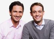 Patrick Schmid (links) und Mario Gehrer kommentieren die Wettkämpfe. (Bild: SRF)