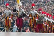 Christoph Graf (ganz links) bei einer Zeremonie im März 2013 im Vatikan. (Bild: Keystone)