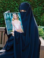 Ein Kleidungsstück macht Politik: Der Vollschleier, Symbol für religiösen Extremismus. (Bild: Picture Alliance)