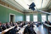 Der Grosse Gemeinderat in Zug soll künftig ohne Papier arbeiten. (Bild: Stefan Kaiser / Neue ZZ)