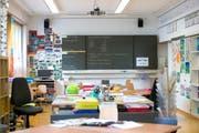 Symbolbild: Mit einem Schnupperprojekt versuchen die Hochschulen Zug und Zürich den Anteil männlicher Lehrpersonen zu erhöhen. (Bild: Maria Schmid / Neue ZZ)