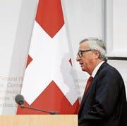 EU-Kommissionspräsident Juncker schlägt ein Schiedsgericht vor. (Bild: P. Klaunzer/ky (Bern, 23. November 2017))