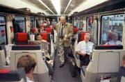 Blick in ein 1.-Klass-Abteil in einem Zug der SBB. (Bild: Martin Ruetschi / Keystone)