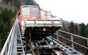 Die Stoos-Bahn auf ihrem bestehenden Trassee. (Bild Erhard Gick/Neue SZ)