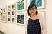Hat einen begehrten Preis erhalten: Francesca Sanna vor den Illustrationen ihres Buchprojekts. (Bild: PD)