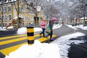 Die Vandalen schlagen regelmässig entlang der Schlossbergstrasse zu. (Bild Urs Hanhart)