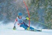 Der Zuger Nando Reiser (SC Unterägeri) unterwegs zu seinem Sieg im ersten Slalom.
