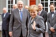Die deutsche Bundeskanzlerin Angela Merkel bei ihrem Besuch in Bern 2008 mit dem damaligen Bundespräsidenten Pascal Couchepin. (Bild: Keystone / Lukas Lehmann)