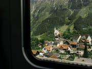 Die Südostbahn möchte künftig die Gotthard-Bergstrecke betreiben. (Bild: KEYSTONE/CHRISTIAN BEUTLER)