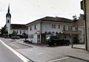 Die Post in Inwil bedient die Kunden noch bis am 5. November. (Bild: Google Maps)