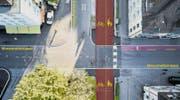 Umstritten ist auch die Kreuzung Moosmattstrasse, wo unter anderem der von vielen Schulkindern benutzte Fussgängerstreifen aufgehoben wurde. (Bild: Emanuel Ammon/Aura (Luzern, 10. April 2017))