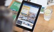 Hotels sollen auf ihrer Website günstigere Tarife offerieren dürfen als auf Online-Buchungsplattformen wie Booking.com. (Bild: Gaëtan Bally/Keystone)