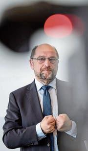 SPD-Kanzlerkandidat Martin Schulz zeigt sich trotz schlechter Aussichten kämpferisch. (Bild: Jens Schlüter/EPA (Potsdam, 9. August 2017))