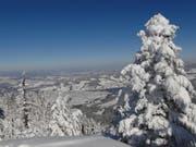 Winteraufnahme vom Gnipen auf Unterägeri. (Bild: PD)