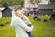 Zwischen 80 und 90 Paare aus der Deutschschweiz warten derzeit auf ein Adoptivkind. (Bild: ild: Brooke Rieman/Getty)