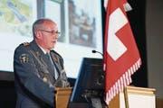 Das Verteidigungsdepartement stellte Oberfeldarzt Andreas Stettbacher Ende 2016 überraschend frei. (Bild: PD)