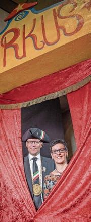 Das Martinipaar Gerhard und Barbara Kunz macht die Manege frei für die Hochdorfer Fasnacht. (Bild: Pius Amrein (29. Januar 2018))