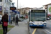 Der Fahrplanentwurf 2016 sieht vor, dass die Buslinie 12 – im Bild die Haltestelle Gasshof – nicht mehr bis Ruopigen fährt. Dies wird vom Stadtrat kritisiert.