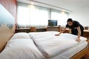 Blick in ein Hotelzimmer in Cham. (Bild: Stefan Kaiser / Archiv ZZ (21.01.2017))