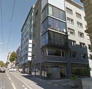 Das Lebensmittelgeschäft, das auf Verpackungen verzichtet, wird im März Räumlichkeiten an der Zürichstrasse 44 beziehen. (Bild: maps.google.ch)