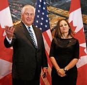 Amtskollegen: Rex Tillerson und Chrystia Freeland. (Bild: Patrick Doyle/Bloomberg (Ottawa, 19. Dezember 2017))