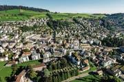 Ein Bild aus der Vogelperspektive: Die Gemeinde Kriens von oben. (Symbolbild) (Bild: Philipp Schmidli (Kriens, 27. August 2016))