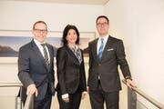 Die Geschäftsleitung der Sparkasse Schwyz AG (von links): Heinz Wesner, Corinna Strickler und Marco Zömer. (Bild PD)