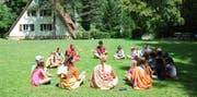 Meditieren im «Tempel»: die Wölfli Ballwil auf dem Lagerplatz in Aarburg. (Bild: Elisabeth Portmann)