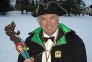 Urs-Karl Regli hält als Prinz Elvelinus das Fasnachtszepter fest in der Hand. (Bild pd)
