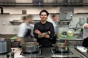 Bleibt die Top-Adresse im Kanton Luzern: Nenad Mlinarevic in der Küche vom Park Hotel Vitznau. (Bild: Nadia Schärli)