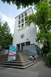 Die Lukaskirche in der Stadt Luzern kann saniert werden. (Bild: Dominik Wunderli (Luzern, 3. Juni 2014))
