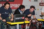 Josh Holden und Nolan Diem vom EVZ macht der Anlass sichtlich Spass. (Bild: PD)