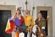 Der Rattenfänger von Hameln, Wilhlem Tell und Robin Hood besuchten das Rathaus in Schwyz. (Bild: PD)