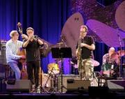 Jazz-Star John Zorn (am Saxofon) bot musikalische Intensität in einer guten Mengendosierung. (Bild: Jazz Festival Willisau/Marcel Meier)