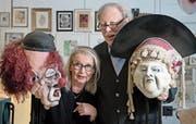 Magi Ochsenbein und Sigi Widmer in dessen Atelier an der Frankenstrasse. Beide waren schon bei der Gründung der Kult-Ur-Fasnächtler dabei. (Bild: Corinne Glanzmann (Luzern, 3. Februar 2018))