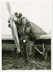 Margaret Fusbahn mit ihrem Klemm-Flugzeug, Böblingen 1930. (Bild: Haus der Geschichte Baden-Württemberg)