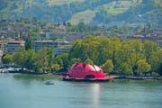 Die Gästival-Seerose, hier an der Anlegestelle beim Inseli Luzern. (Bild: Dominik Wunderli)