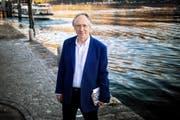 Der britische Autor Ian McEwan (68), hier in Ascona, scheidet die Geister mit seinem neuen Roman. (Bild: Samuel Golay/Keystone)